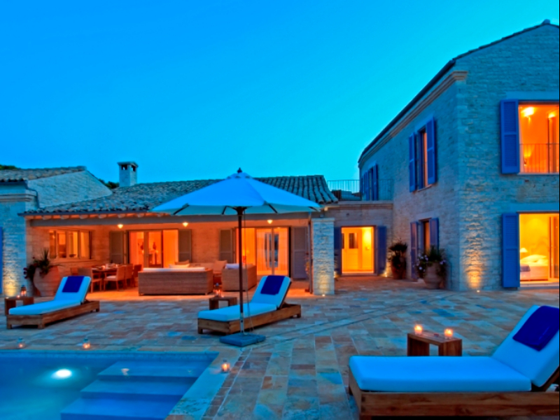 Luxury Villa Kelly